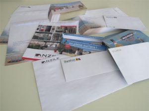 Personnalisez vos prises de contact et imprimez vos enveloppes personnalisées en pleine surface