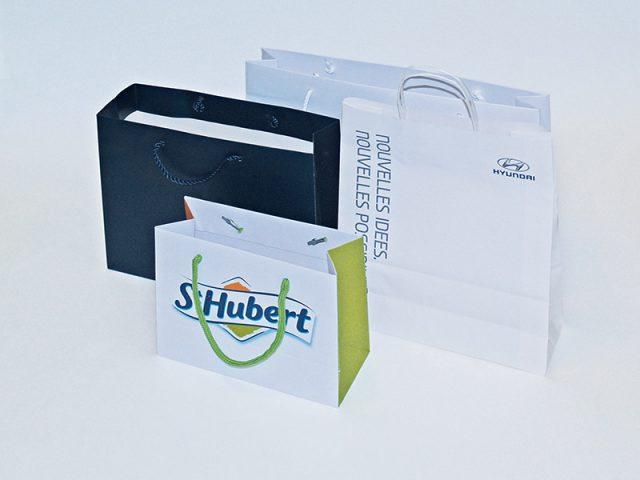 Economiques et éco-responsables, vos sacs papiers publicitaires peuvent également devenir des leviers de communication de choix