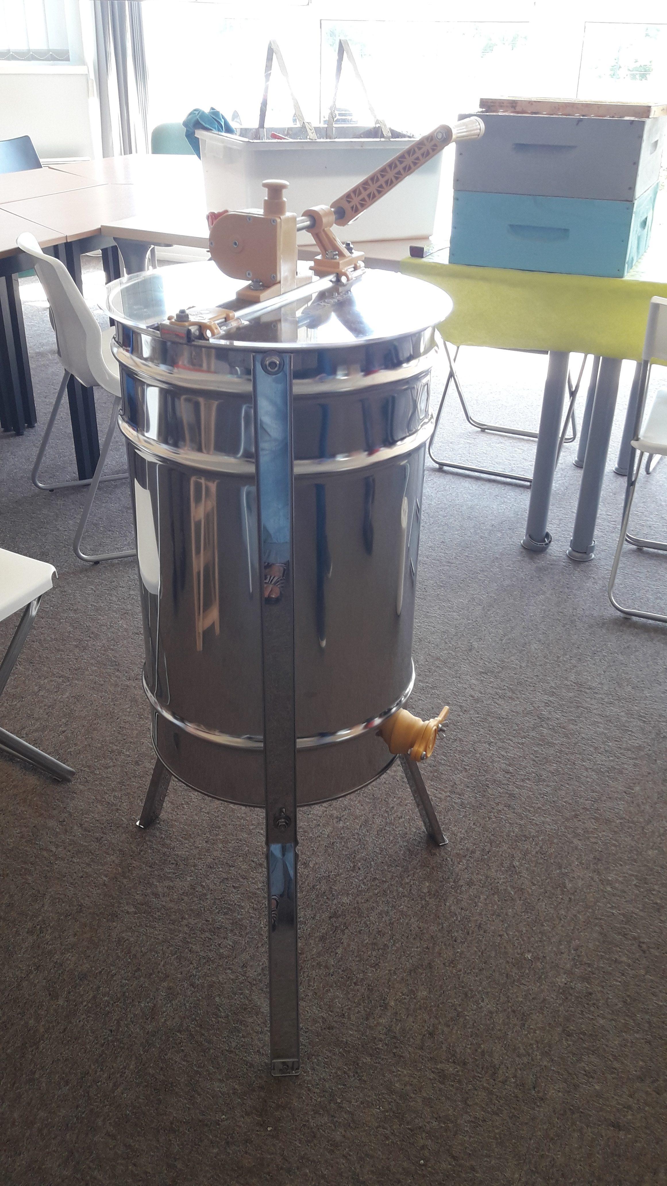 Extracteur - Centrifugeuse - Récolte miel